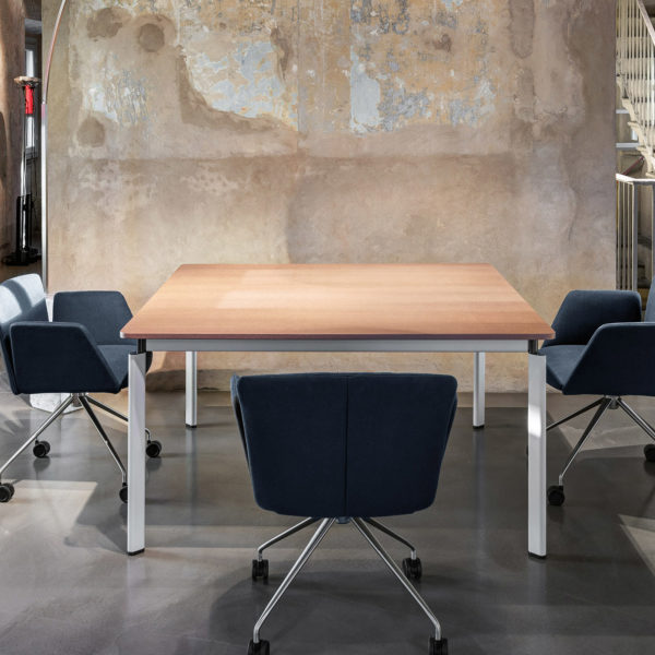 tecno clavis meeting table